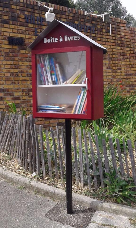 L'association Initiatives Solidaires a produit les «Boites à livres» de la ville de Pierrefitte-sur-Seine